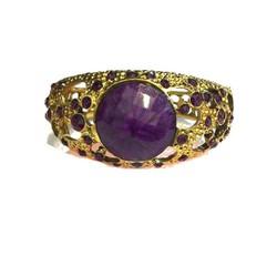 Vòng tay nữ đính đá màu tím nhẹ nhàng mà đầy sang trọng