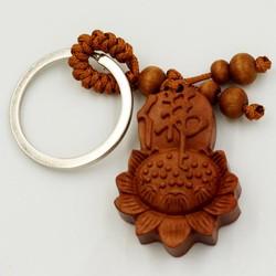 Móc chìa khóa hoa sen khắc chữ Phật