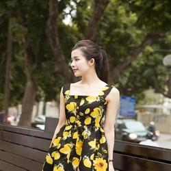 Đầm xòe dự tiệc hoa chanh vàng xinh đẹp và nổi bật DXV178