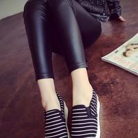 giày slip on sọc cự xinh