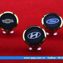 Giá đỡ điện thoại trên xe hơi - Logo Hyundai