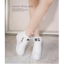 Giày slip on bánh mì đế độn MG cá tính TT053T