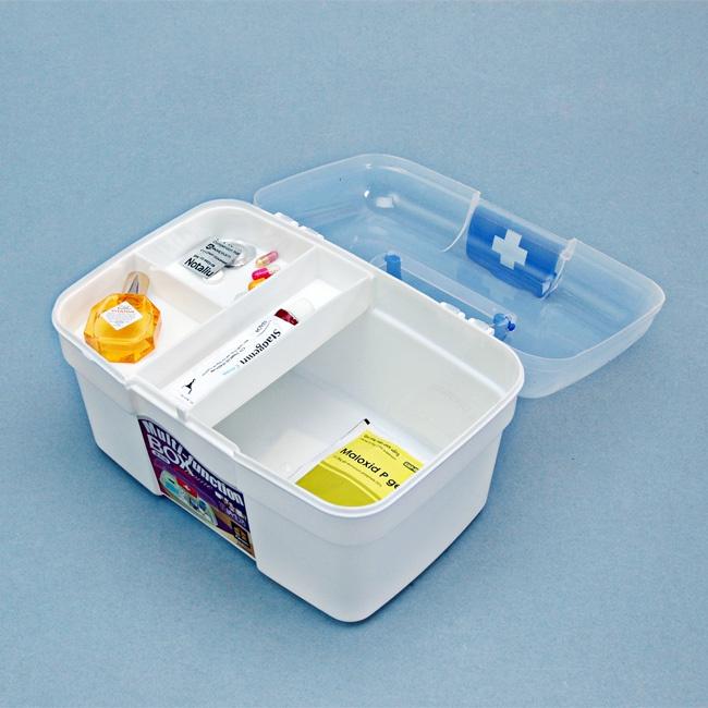 Hộp đựng dụng cụ y tế gia đình tiện dụng 2