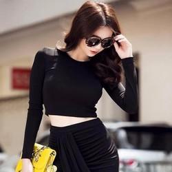 Sét áo croptop đen và chân váy đắp chéo xếp ly xinh đẹp SEV183