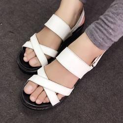 Sale off - Giày sandals quai chéo đế bánh mì màu trắng SDQN10