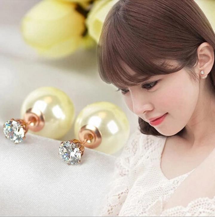 Bông Tai Dior Ngọc Trai đính kim cương titan ko đen TITAN 923 1