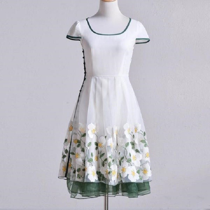 Đầm dạ hội nàng tiên Hoa Xuyến Chi cao cấp 12