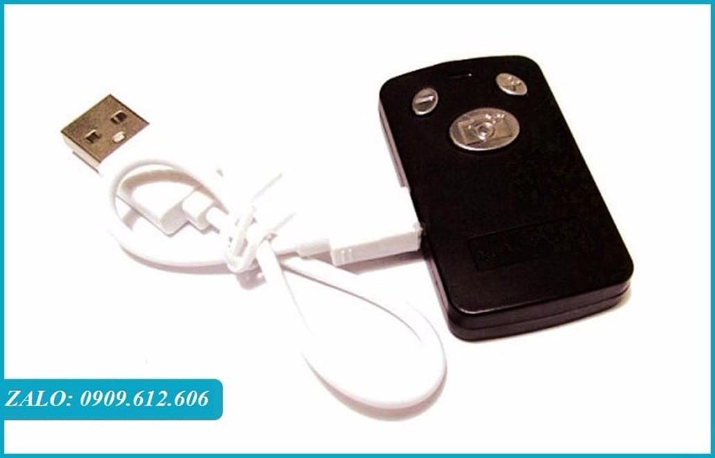 Gậy Chụp Hình YunTeng Bluetooth có remote sạc điện usb -1,25m 10