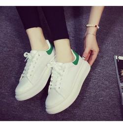 Giày thể thao nữ trắng viền xanh TT225B