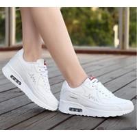 Giày sneaker phong cách Hàn Quốc TT054T