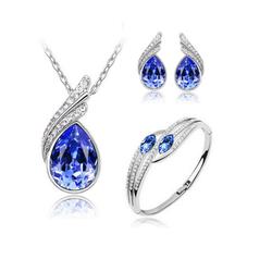 Bộ trang sức giọt nước màu xanh quý phái