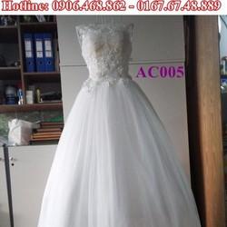 Áo cưới ren hở lưng AC005