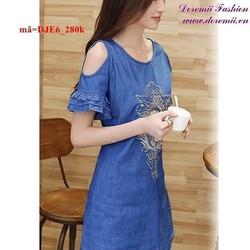 Đầm jean thêu họa tiết cutout vai sành điệu quyến rũ DJE6