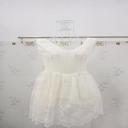 Đầm cổ điển