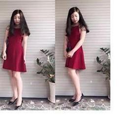Đầm yếm sau lưng ren xinh