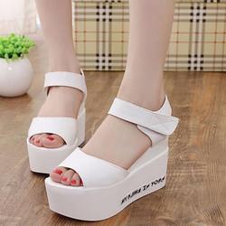 Giày sandal đế bánh mì nữ SD147T