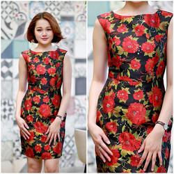 SỈ - LẺ ĐẦM THIẾT KẾ: Đầm gấm đen hoa đỏ