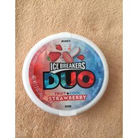 Kẹo Ngậm Ice Breakers Duo Strawberry Fruit and Cool
