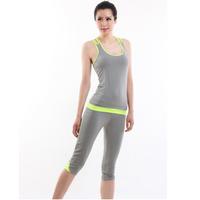 Bộ tập Yoga áo và quần lửng BT670