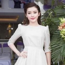 Đầm xòe công chúa dài tay xinh đẹp màu trắng DXV132