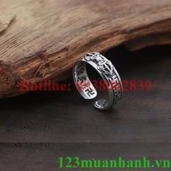 Nhẫn khắc Um Mani, Kim Cang Luân và chữ Vạn  MN811