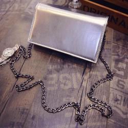 Túi đeo chéo màu bạc