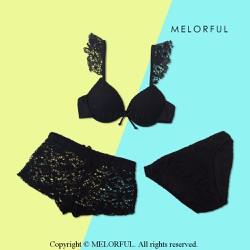 Bikini set 3 mảnh kèm quần short ren màu đen The Flace