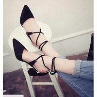 Giày cao gót đế vuông 7 phân mũi nhọn cột dây