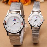 Đồng hồ đôi TOMMY