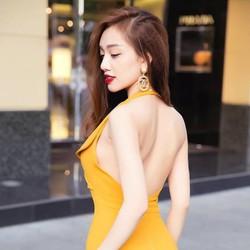 Đầm Cổ Vest Hở Lưng Quyến Rũ