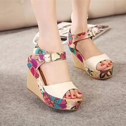 Giày đế xuồng in hoa thời trang - LN137