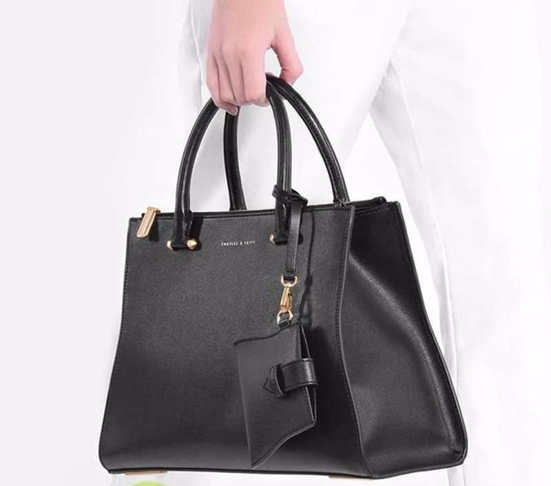 Bộ công sở Charles and Keith vừa A4 9