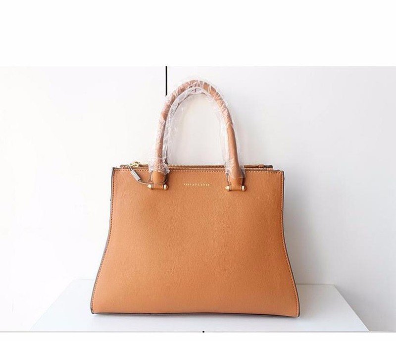 Bộ công sở Charles and Keith vừa A4 1