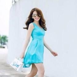 Đầm xoè màu xanh sát nách đuôi tôm dễ thương như Ngọc Trinh DXV96