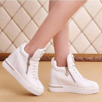 Giày boot da dây kéo hai bên cá  tính B034T- f3979.com