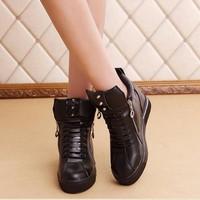 Giày boot da dây kéo hai bên cá  tính B034D - f3979.com