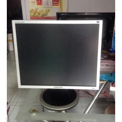 Màn Hình LCD Samsung 19inch 940N