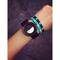 Đồng hồ nữ thời trang trắng đen SP213