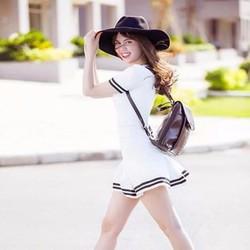 Đầm thời trang màu trắng phối viền đen rất xinh đẹp xì teenh DOV40