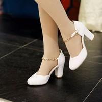 Giày gót vuông quai xích sành điệu - LN179