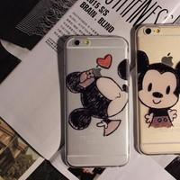 BỘ 2 ỐP LƯNG ĐÔI DẺO TRONG HÌNH Mickey và Minnie CHO iPhone 5