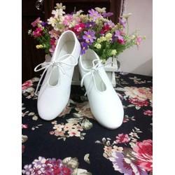 Giày bata oxford đơn giản nhưng cực xinh