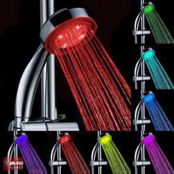 Vòi sen phát sáng đổi màu