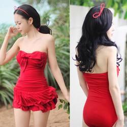Bộ Bikini nữ,kiểu dáng nơ trước ngực điệu đà,váy rời xinh xắn-DB052