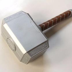 Mô hình búa thần Thor