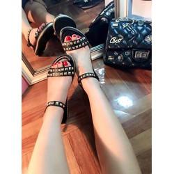 Giày Sandal bệt