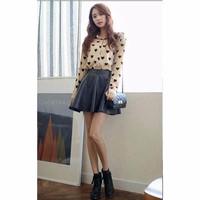 Chân váy xòe da ngắn màu đen
