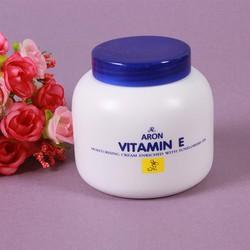 Kem dưỡng da cung cấp vitamin E Aron