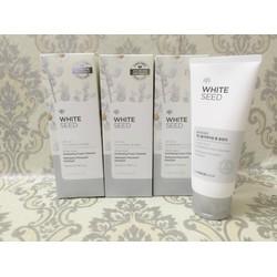 Sữa rửa mặt trắng da White Seed Exfoliating Foam Cleanser