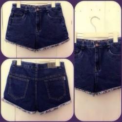 Quần Short Jean Lưng Cao 1 Nút Xắn Lai Hoa TH-QS37